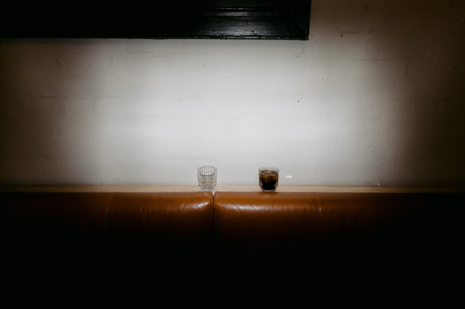 minimalist wedding photo of drinks at three blue ducks sydney